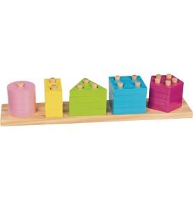 Jouet montessori : Socle de 5 formes à encastrer