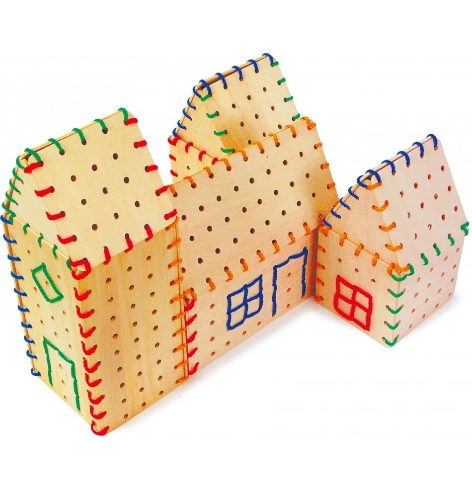 jeu à lacer montessori
